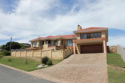 Property For Sale in Fraaiuitsig, Klein Brak Rivier